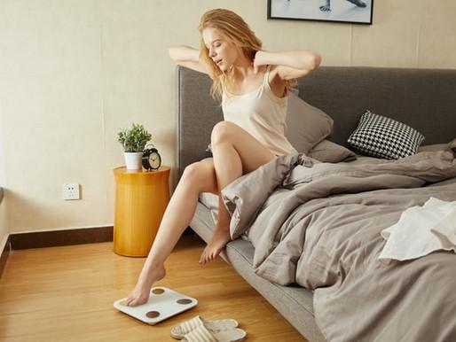 4 motivos que te levam a engordar durante a menstruação