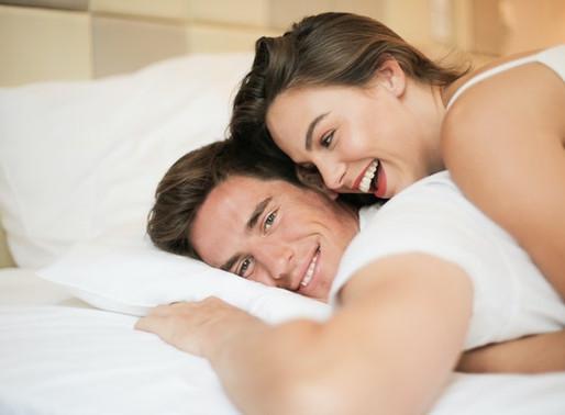 Orgasmo da próstata: o que é e como fazer o parceiro chegar lá