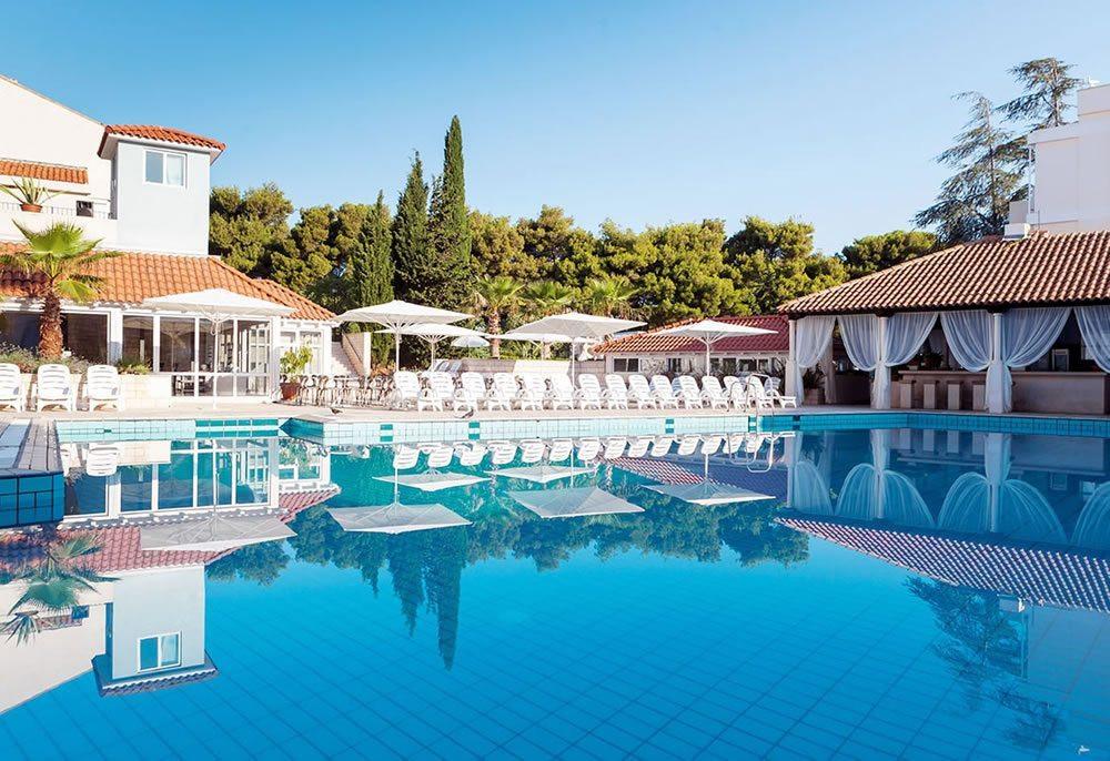 Svpertvs Resort