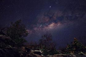 gosto de visitar montanhas à noite_elas