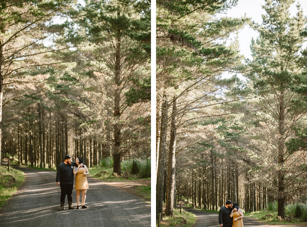lovers session in waiuku forest by wedding photogrpher wanderlusting lovers