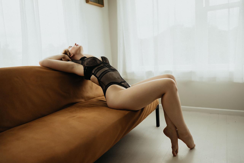 oudoir session, auckland boudoir session, boudoir inspo, boudoir photos, boudoir photography