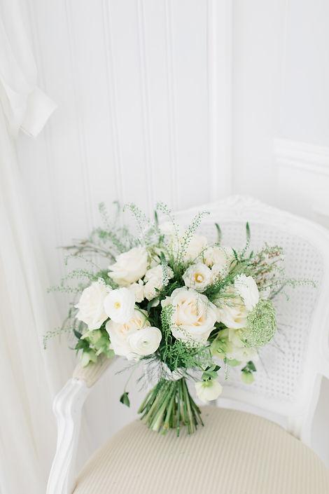 Bridal wedding bouquet hertfordshire