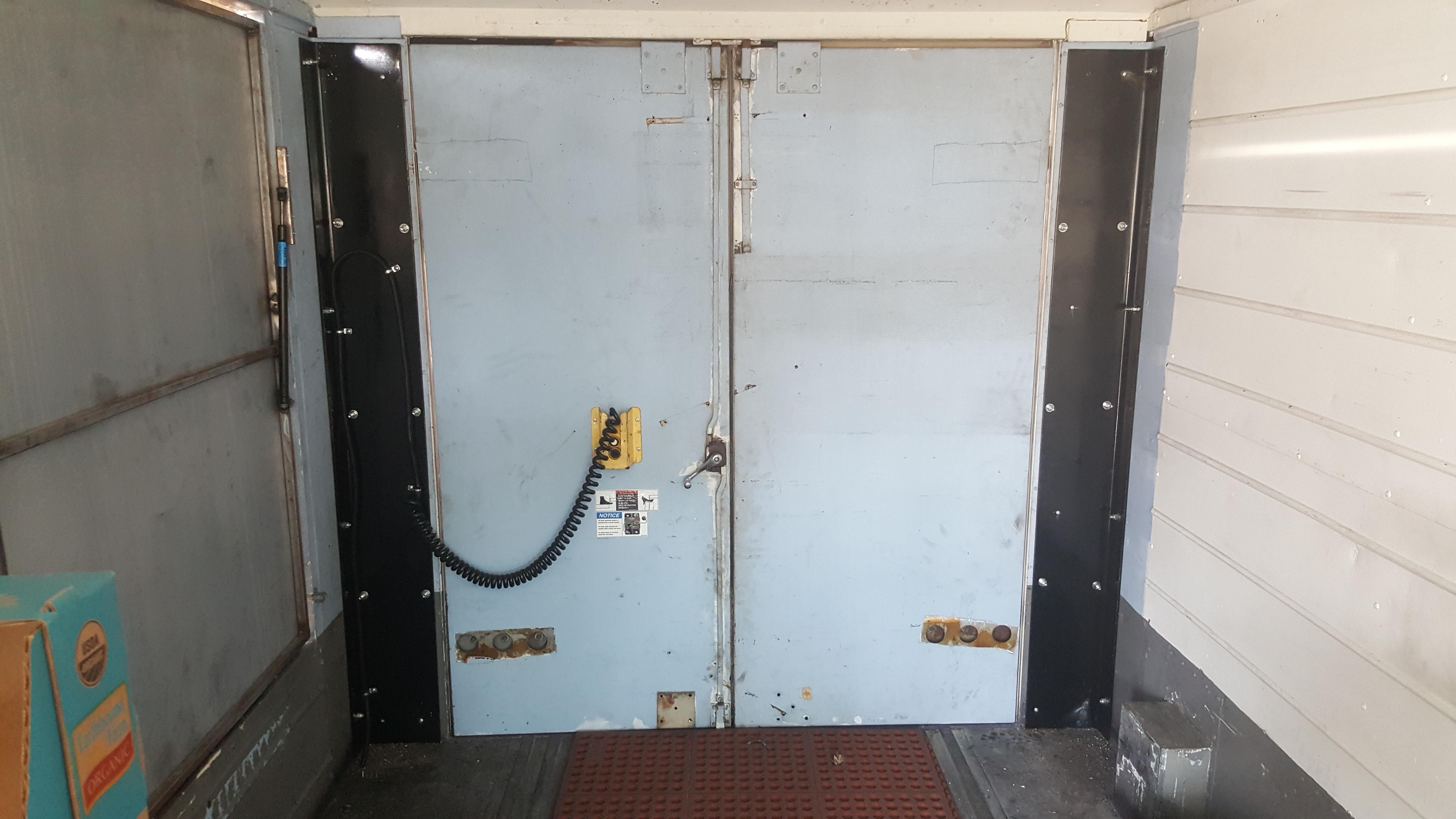 Aluminum rail gate step van interior