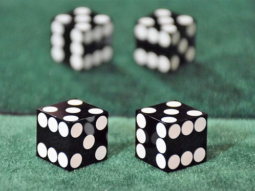 French Dice Black