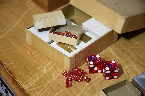 Tiny 1/4'' red dice (dozen)