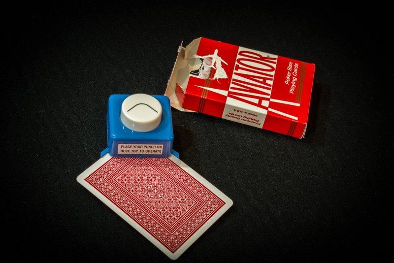 Corner short card trimmer