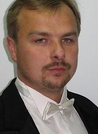 Maciej-Komandera1-350x350.jpg
