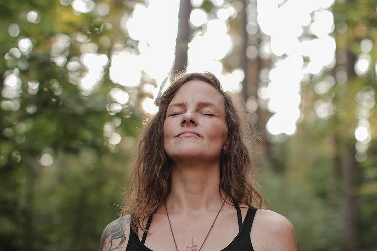 Yoga in Sachsen mit Yvonne Sanders.jpg
