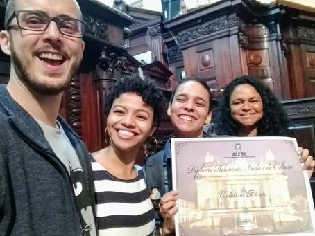 Coletivo Flores recebeDiploma Heloneida Studart de Cultura 2019