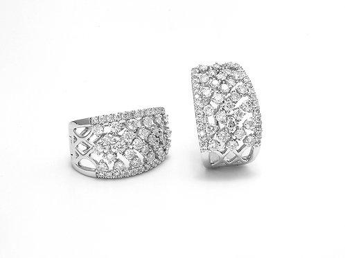 [ E18 ] 18K White Gold Diamond Earrings
