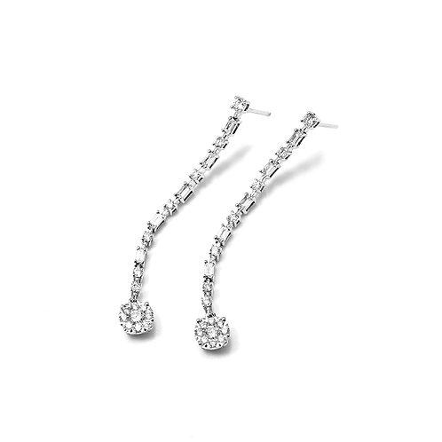 [ E20 ] 18K White Gold Diamond Earrings