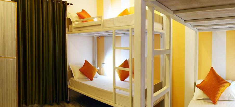 1.5_4_Bed_Mixed_Dorm_Zostel_Rishikesh_10