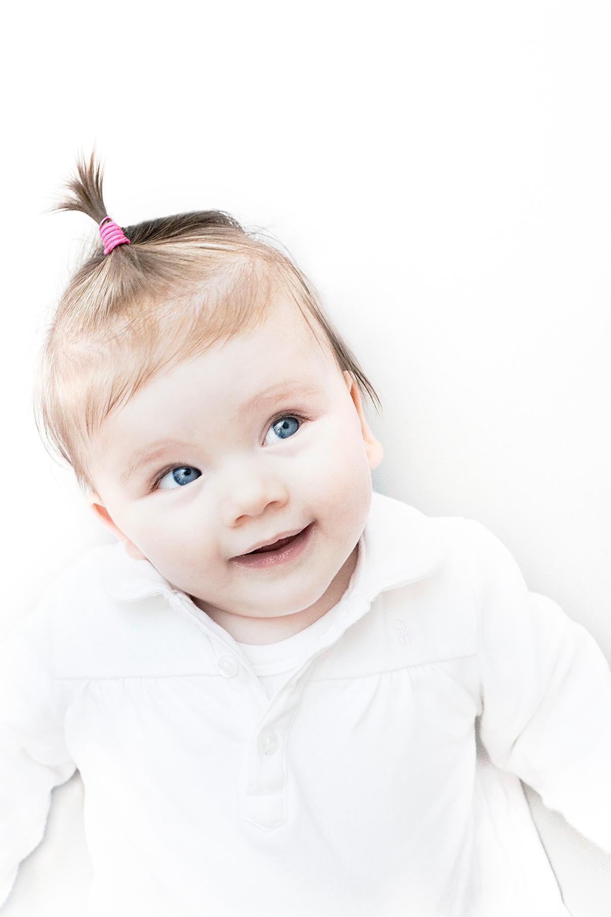 Portret-baby-Jasmijn-01-hi-res