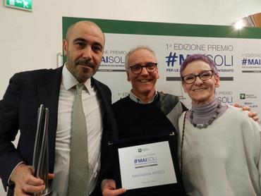 A ritirare il premio MAI SOLI della Regione Lombardia