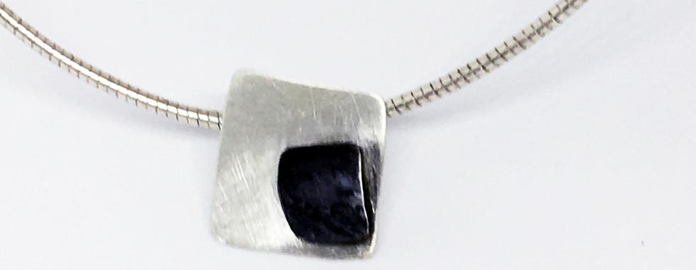 "Colgante ""Black silver"""