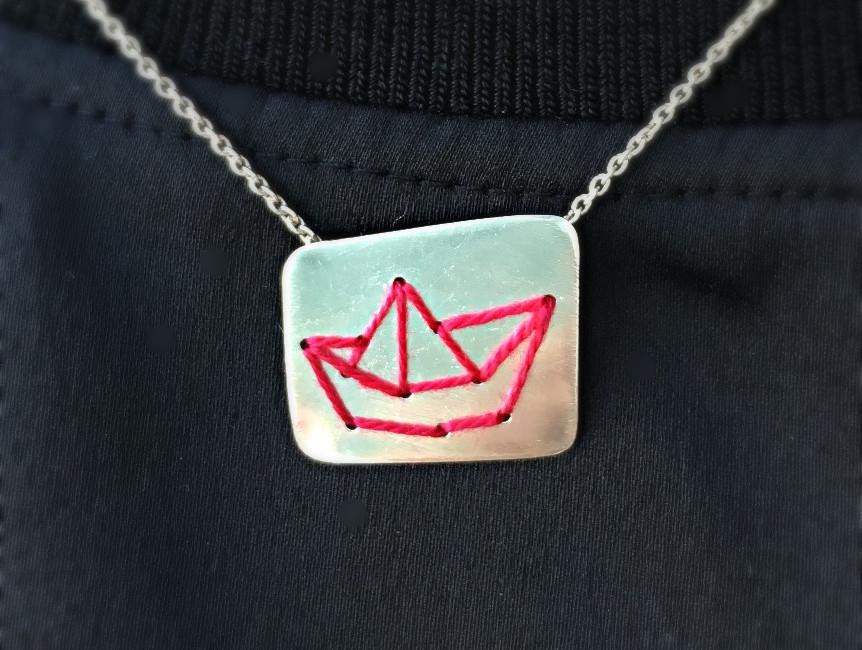 "Colgante ""Sewing boat"""