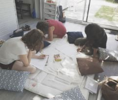 Atelier -créatif-en-groupe