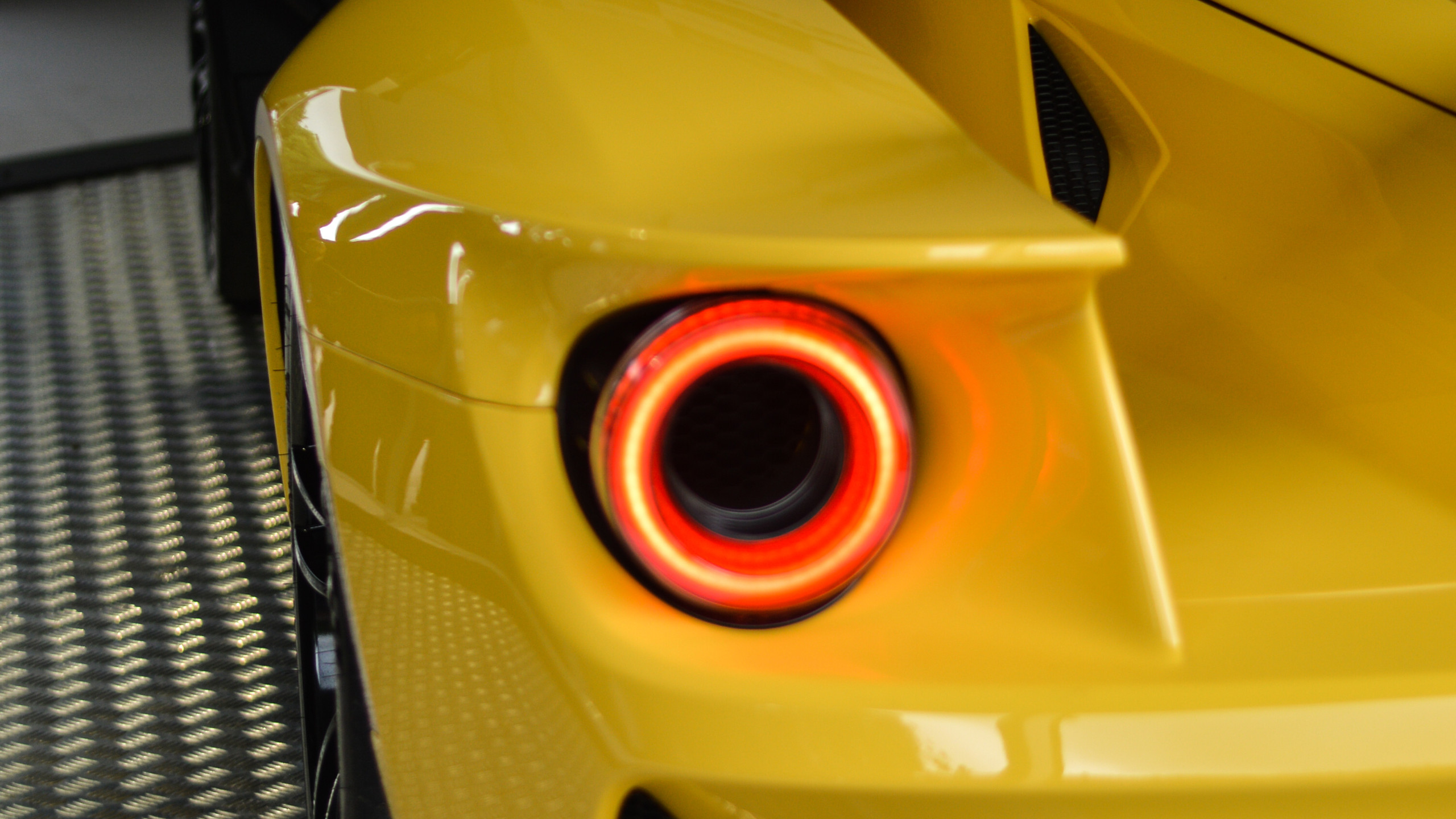 The round rear lights found on all GT generations have been given a modern makover