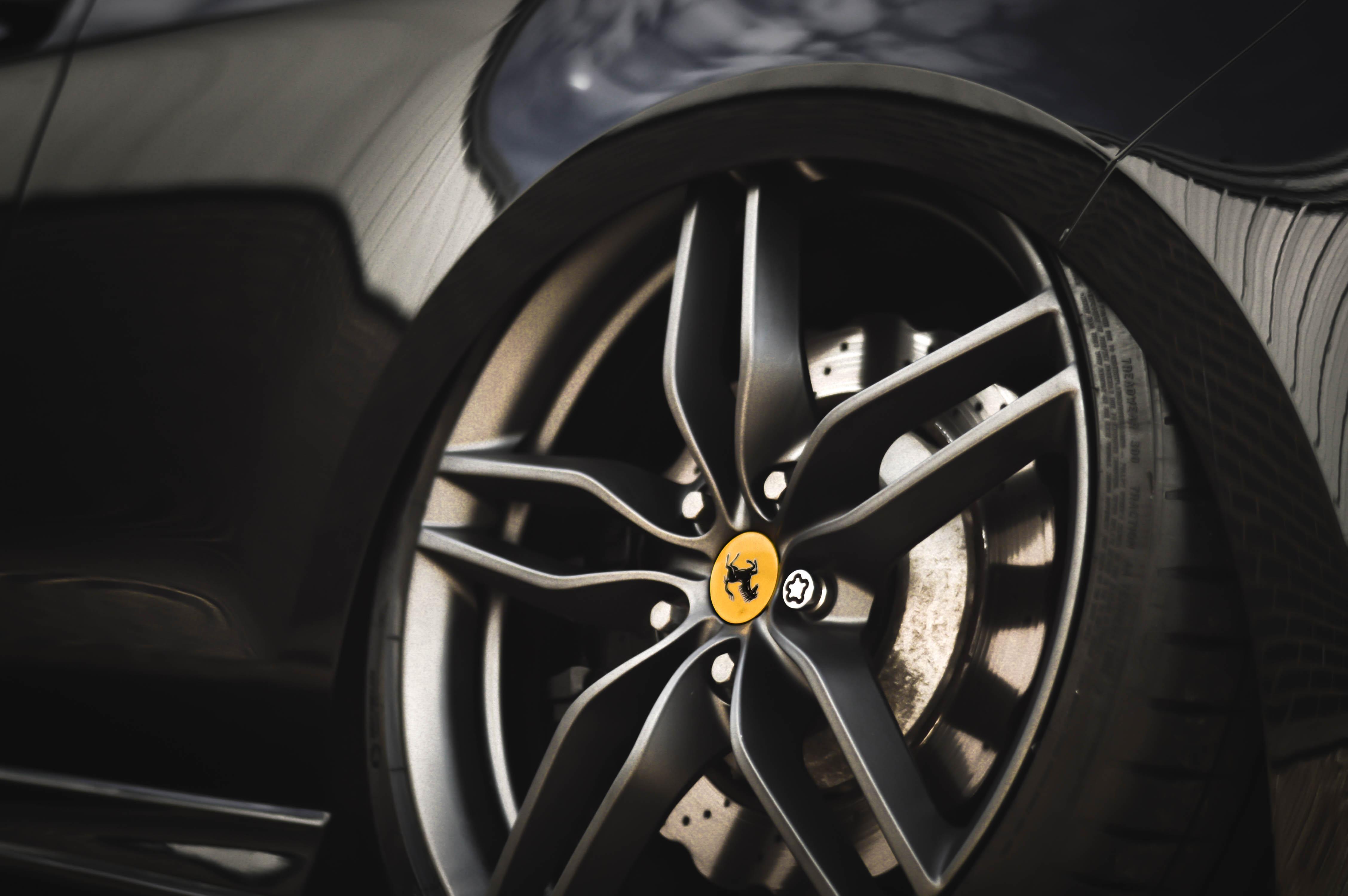 VW Golf R on Ferrari FF wheels