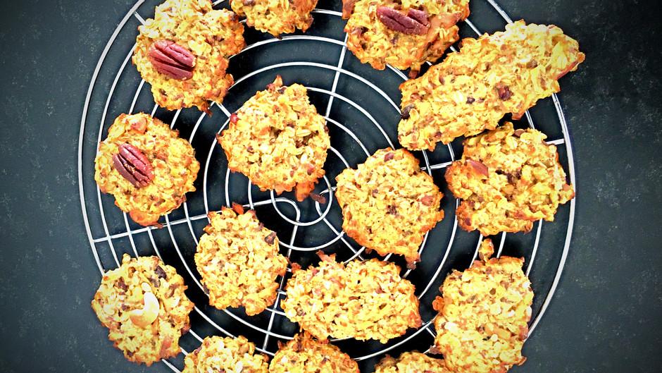 Haferflocken-Apfel-(Erdnussbutter)-Frühstücks-Kekse