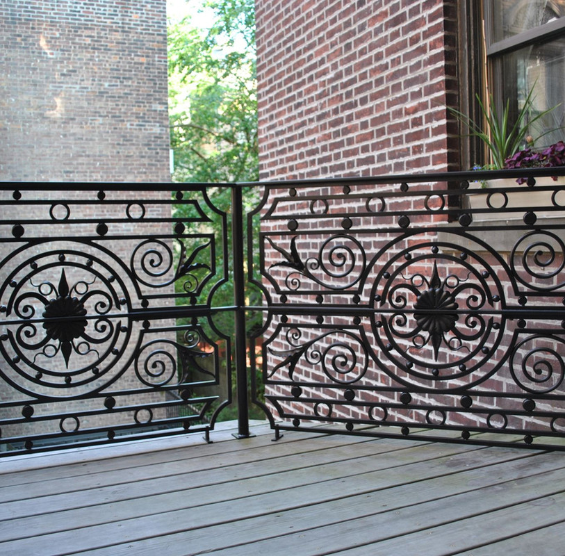 Custom Balcony Railing