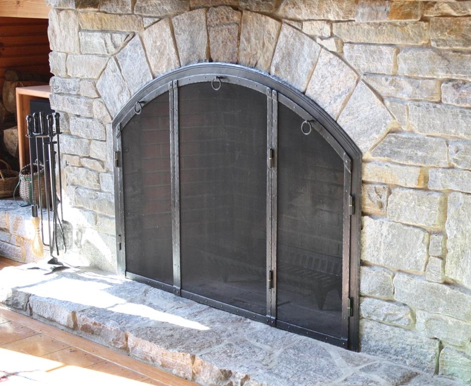 Built in Screen - Three Doors