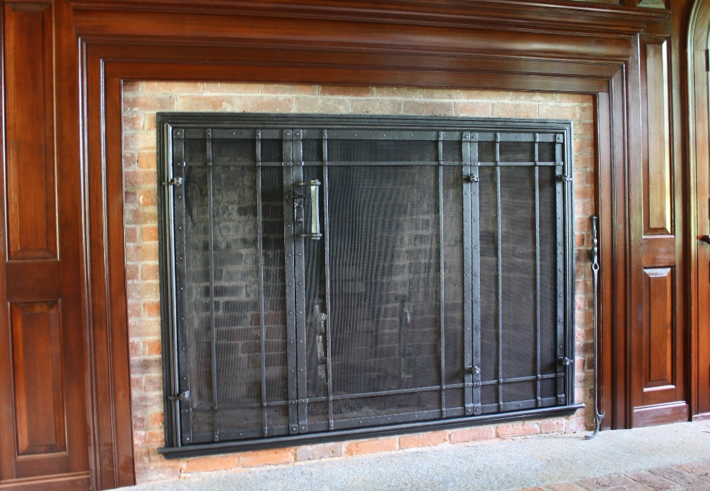 Heavy Forged Built in Screen