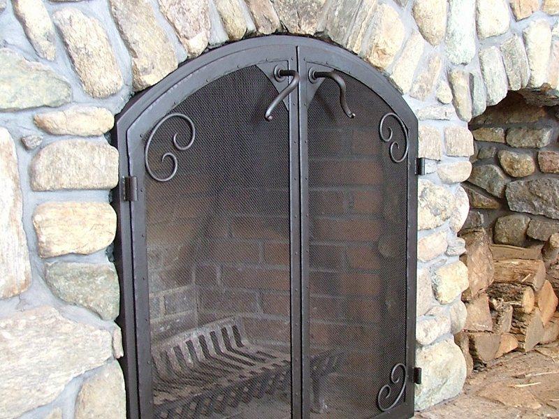 Custom Metal Fire Place Grate