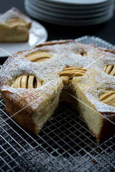 Apple Cake 1.jpg