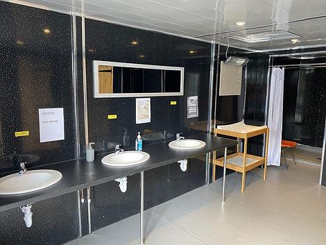 toilet pic 1.jpg