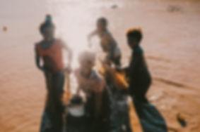enfants_eau.jpg