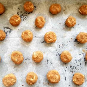 עוגיות כוסמין מלא, קוקוס ושוקולד לבן