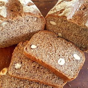 לחם שיפון, פרג ואגוזי לוז