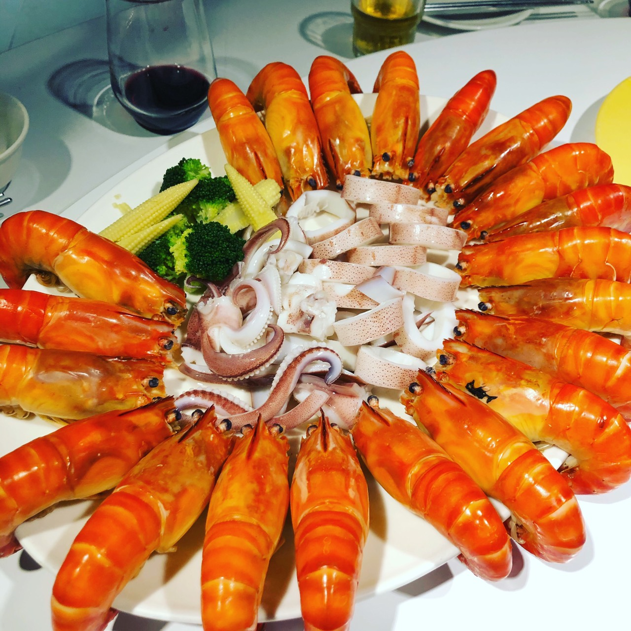 泰國蝦 + 活白切小卷拼盤