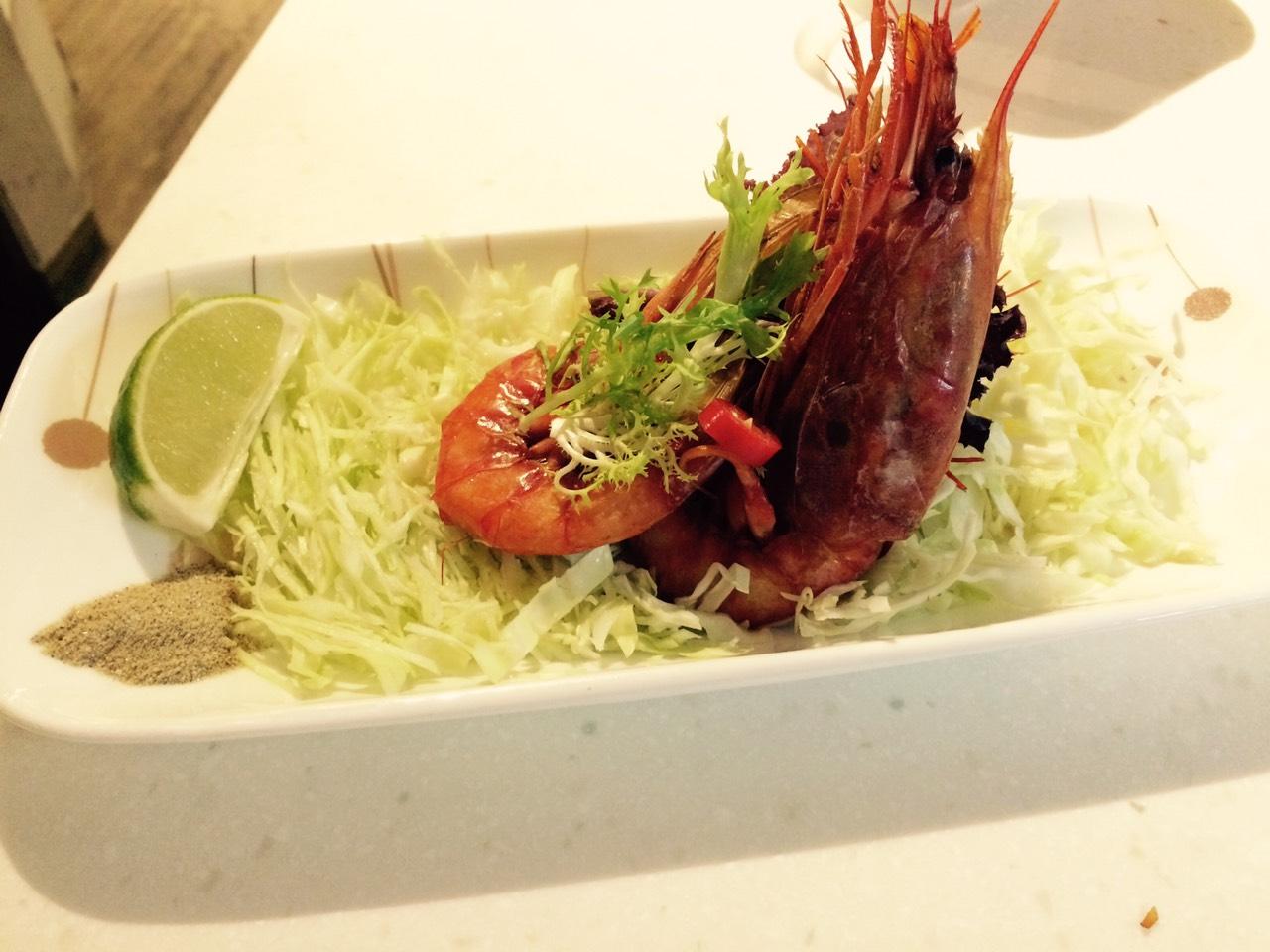 前菜小品。雙蝦沙拉