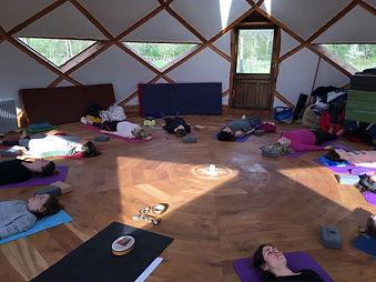 yoga V mira.jpg