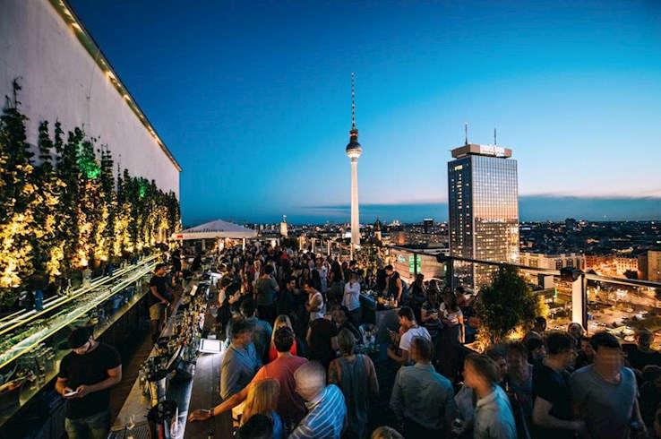 THE WEEK END CLUB - BERLINO
