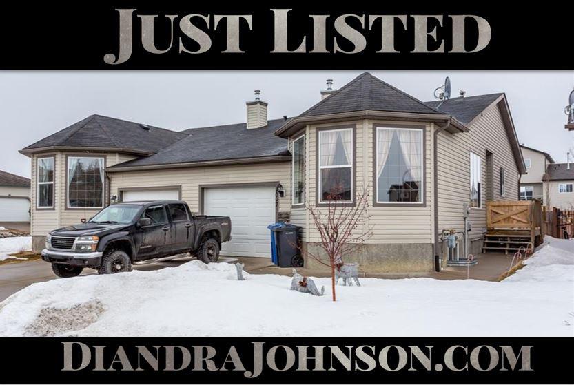 Real Estate, Crossfield, Diandra Johnson