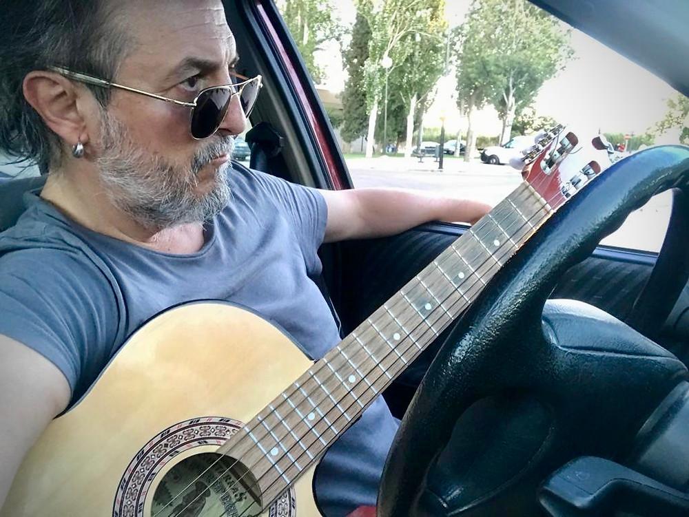 Componiendo en el coche