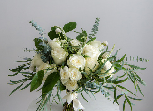 rooted-and-wed-white-garden-wedding-flow