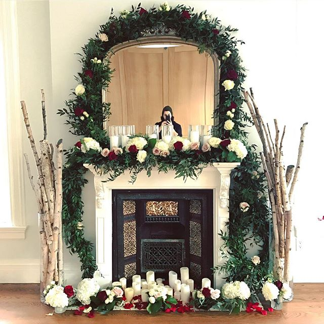 Fireplace dressed! #anthiflowers