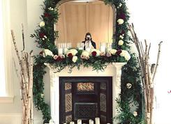 Fireplace dressed! #anthiflowers