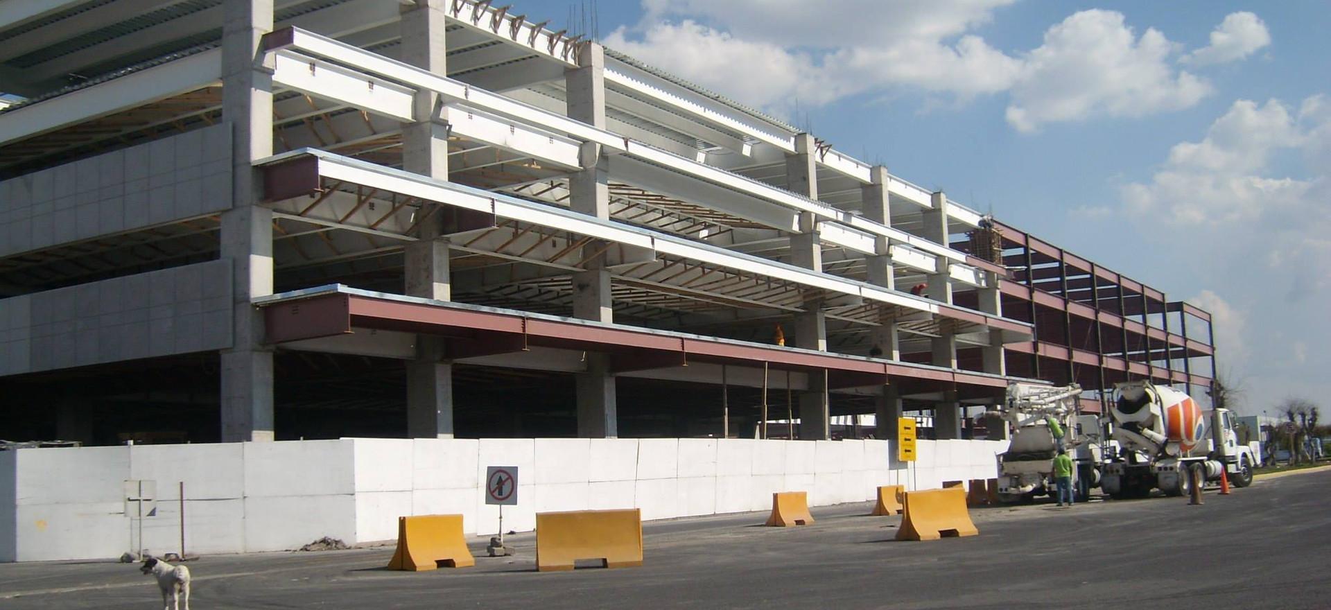 Estacionamiento Aeropuerto de Toluca