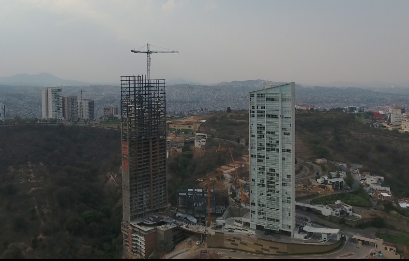 Bosque Real Towers
