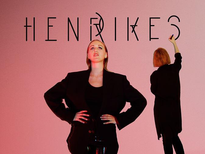 PHOTO - HENRIKESpink4.3 (1).jpg