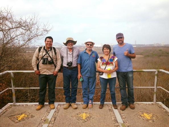 Aurelio Molina, Alberto Ochoa e Lourdes San Juan