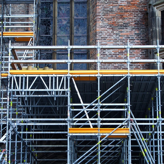 commercial scaffolding manchester