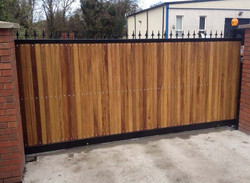 fence-gate-liverpool