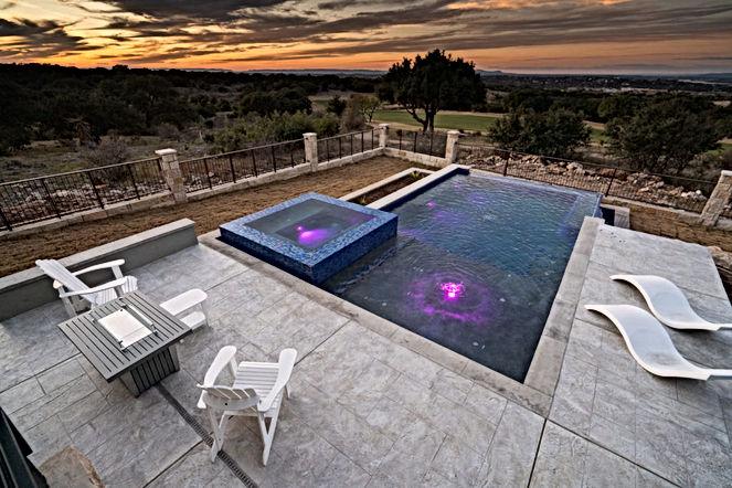 summit-rock-pool-lighting-1024x683.jpg